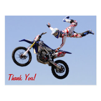 Cartão Postal Cavaleiro alto de voo do motocross
