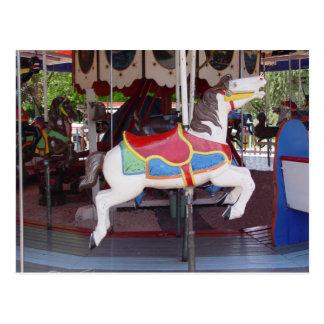 Cartão Postal Cavalo antigo do carrossel