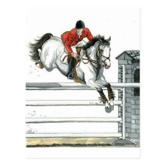 Cartão Postal Cavalo cinzento do Showjumping sobre cercas
