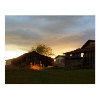 Cartão Postal Celeiros na luz solar da tarde