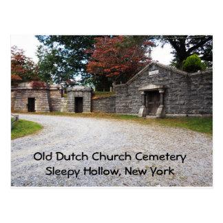 Cartão Postal Cemitério holandês velho da igreja na cavidade