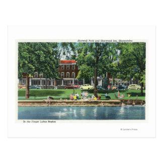 Cartão Postal Cena do parque de Shotwell e da pensão de Sherwood
