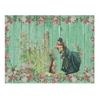 Cartão Postal Cena rústica pintada vintage do coelho da páscoa
