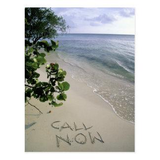 """Cartão Postal """"Chame agora"""" a areia escrita na praia, Jamaica"""