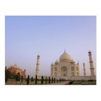 Cartão Postal Charbagh vazio jardina no Taj Mahal no