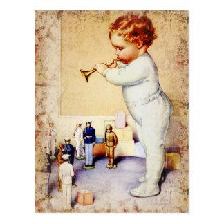 Cartão Postal Chifre de sopro do bebé do Redhead aos soldados