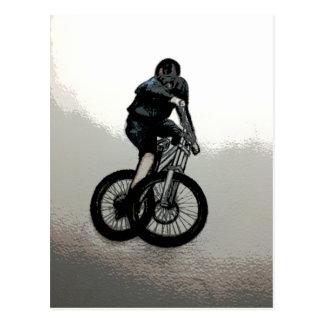 Cartão Postal CICLISTA do motociclista MTB BMX da montanha