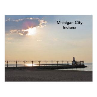 Cartão Postal Cidade de Michigan na noite