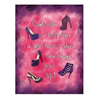 Cartão Postal Cinderella - os calçados novos podem mudar sua