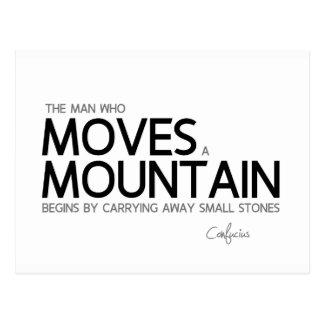 Cartão Postal CITAÇÕES: Confucius: O homem move uma montanha
