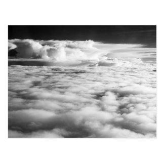 Cartão Postal Cloudscape delével no nascer do sol. 2
