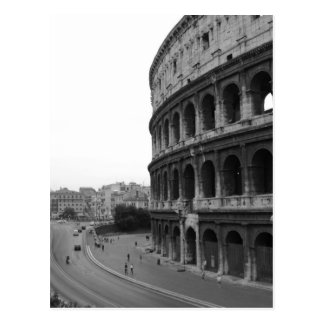 Cartão Postal Colosseum e estrada