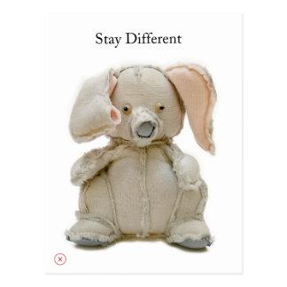 Cartão Postal Comemore a diferença com um elefante