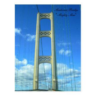 Cartão Postal Condução através da ponte de Mackinac