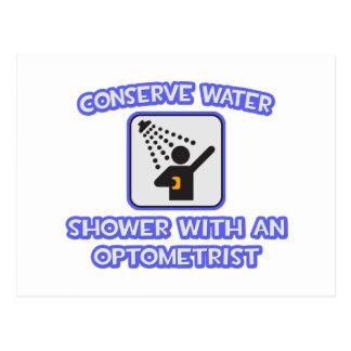 Cartão Postal Conserve a água. Chá com um optometrista