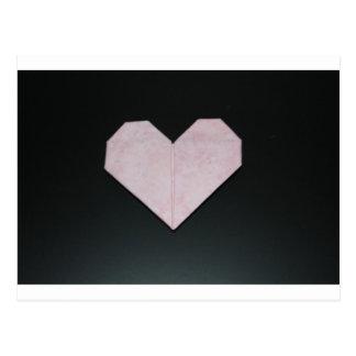 Cartão Postal coração cor-de-rosa simples do origami
