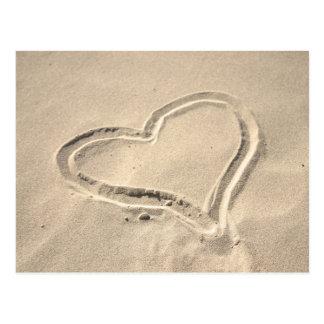 Cartão Postal Coração na areia