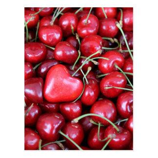 Cartão Postal coração nas cerejas