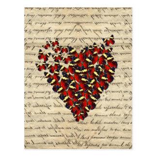 Cartão Postal Coração romântico da borboleta do vintage