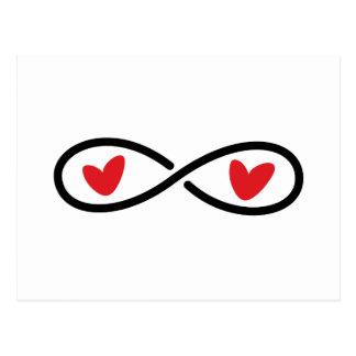 Cartão Postal Corações vermelhos do símbolo da infinidade que