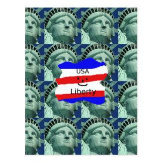 Cartão Postal Cores da bandeira dos EUA com estátua da liberdade