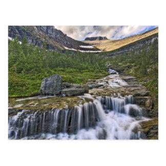 Cartão Postal Córrego de conexão em cascata, parque nacional de