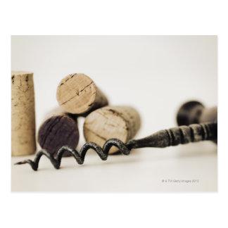 Cartão Postal Cortiça do vinho com corkscrew
