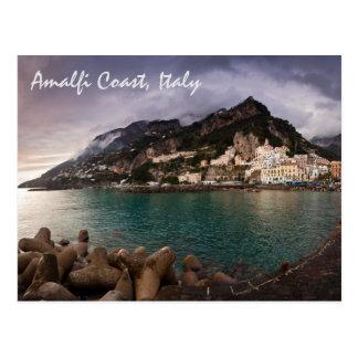 Cartão Postal Costa de encantamento de Amalfi, cidade do