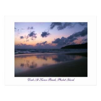 Cartão Postal Crepúsculo na praia de Karon