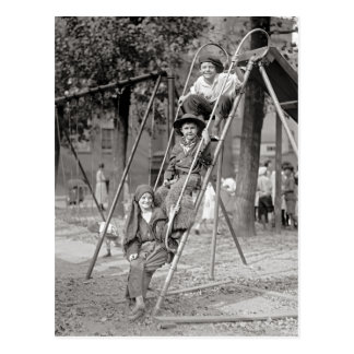 Cartão Postal Crianças em Traje, 1922