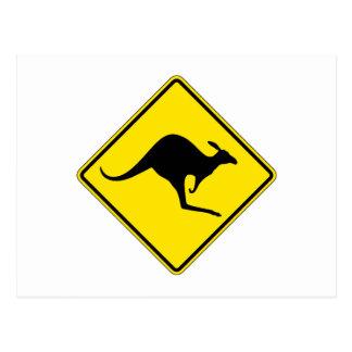 Cartão Postal Cruzamento do canguru, sinal de aviso do tráfego,