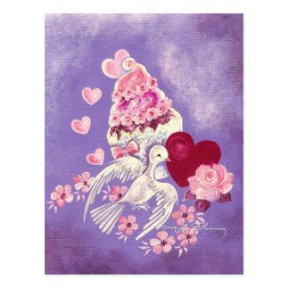 Cartão Postal Cupcake dos namorados com pomba & coração do amor