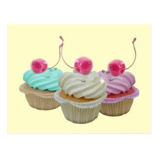 Cartão Postal Cupcakes da cereja