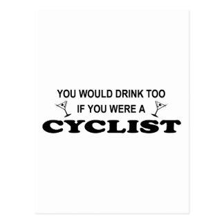 Cartão Postal Da bebida ciclista demasiado -