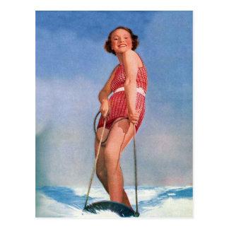 Cartão Postal Dança retro do esqui aquático das mulheres do