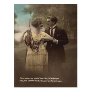 Cartão Postal D'avril de Poisson do casal do Victorian da flor