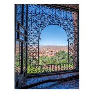 Cartão Postal Decoração ornamentado da janela