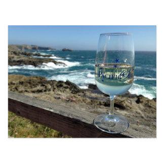 Cartão Postal Degustação de vinhos do Oceano Pacífico