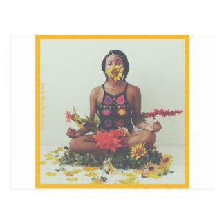 Cartão Postal Design floral da meditação de Sha Davis