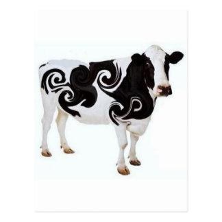 Cartão Postal Design torcido da vaca