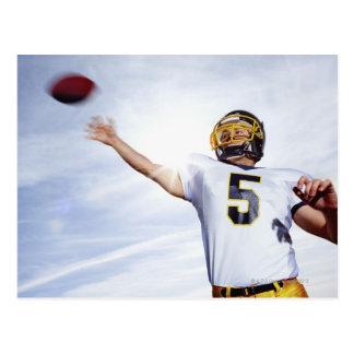 Cartão Postal desportista que joga com bola de rugby