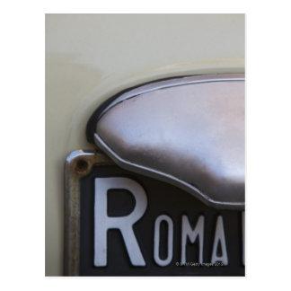 Cartão Postal detalhe de uma chapa de matrícula de Roma em um