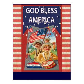 Cartão Postal Deus abençoe América com crianças patrióticas
