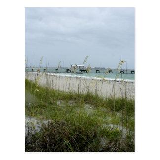 Cartão Postal Dia Blustery na praia