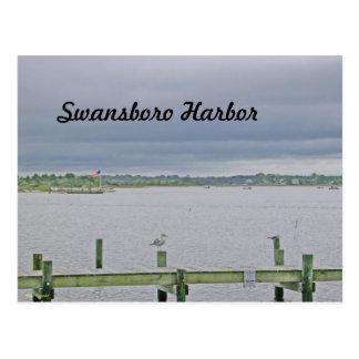 Cartão Postal Dia nublado no porto de Swansboro