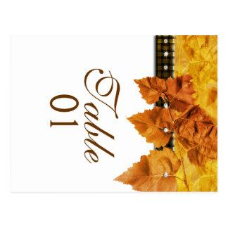 """Cartão Postal Diamante da """"número do weave das folhas da queda"""