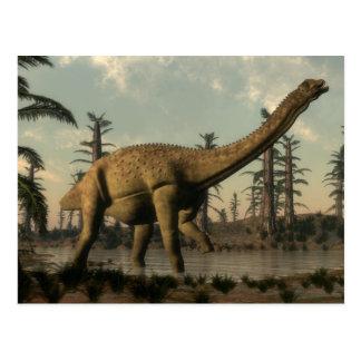 Cartão Postal Dinossauro de Uberabatitan no lago