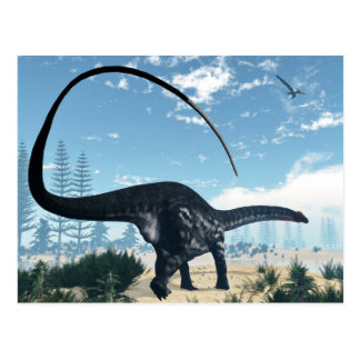 Cartão Postal Dinossauro do Apatosaurus no deserto - 3D rendem