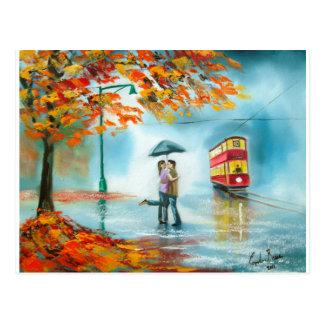 Cartão Postal Do guarda-chuva vermelho do bonde do outono do dia