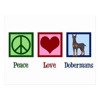 Cartão Postal Dobermans do amor da paz